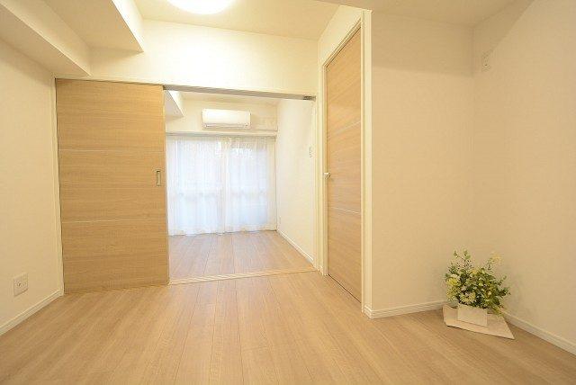 ライオンズマンション中野弥生町 LD~洋室1