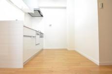 約2.5畳のキッチンスペース