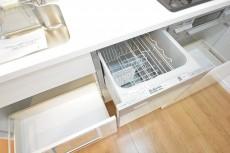 片付け楽々な食洗機付き