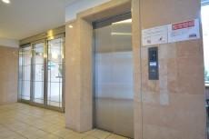 リバーサイド上野毛 エレベーター