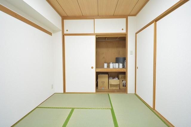 約6.0畳の和室押入