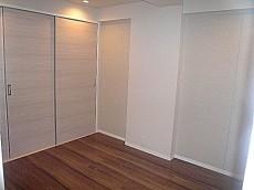 代官山マンション LDKの続く洋室です。602