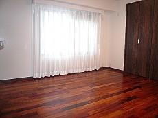 サングリア中目黒 広々とした洋室です。