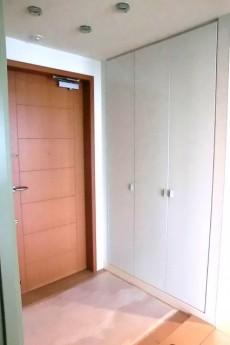 青山パークタワー 玄関ホール