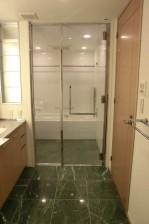 青山パークタワー 洗面室