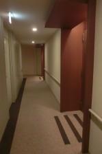 青山パークタワー 内廊下