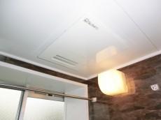 牛込中央マンション 浴室換気乾燥機付