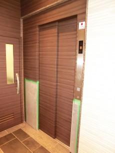 クレベール西新宿 エレベーター