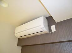 エアコンが新規取付されています