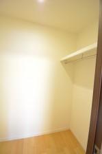 馬事公苑前ハイム 洋室WIC603