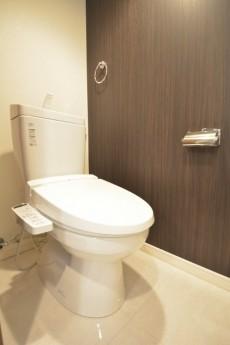古河松原マンション ウォシュレット付きトイレ