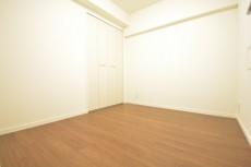 飯田橋第1パークファミリア 洋室約4.0畳