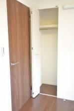 マンション都立大 約5.0畳の洋室クローゼット