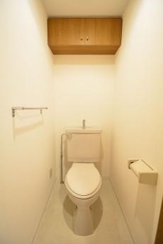 コンフォール四谷 トイレ