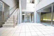 リシェ五反田スカイビュー オシャレな1階共用部