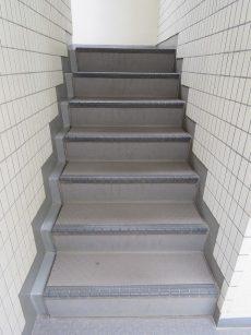パークハイツ用賀 階段