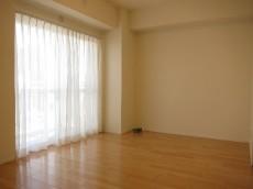 NK五反田コータース 約5.2畳の洋室