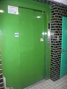 ライオンズマンショングリーン白金 エレベーター