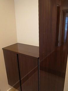 麻布狸穴ナショナルコート トールサイズ・カウンター付と2種類ある玄関収納