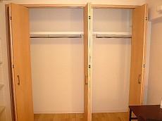 セブンスターマンション東山 サービスルーム クローゼットです。