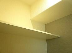 ライオンズマンション駒沢 ウォシュレット付トイレ 棚