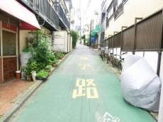 西新宿ハウス 周辺環境