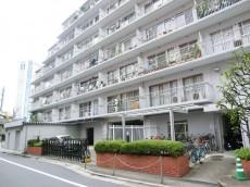 西新宿ハウス 外観