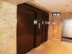 西新宿ハウス エレベーター