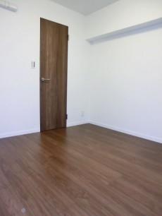 西新宿ハウス 約5.0帖の洋室501