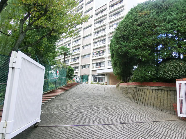 グリーンヒル新宿 エントランス