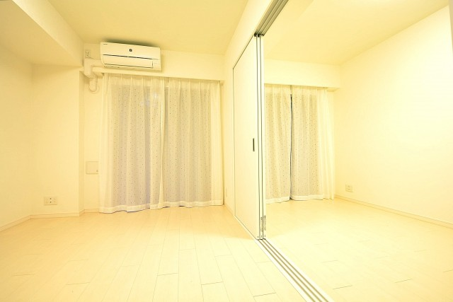 リビング+洋室で広々空間になります。
