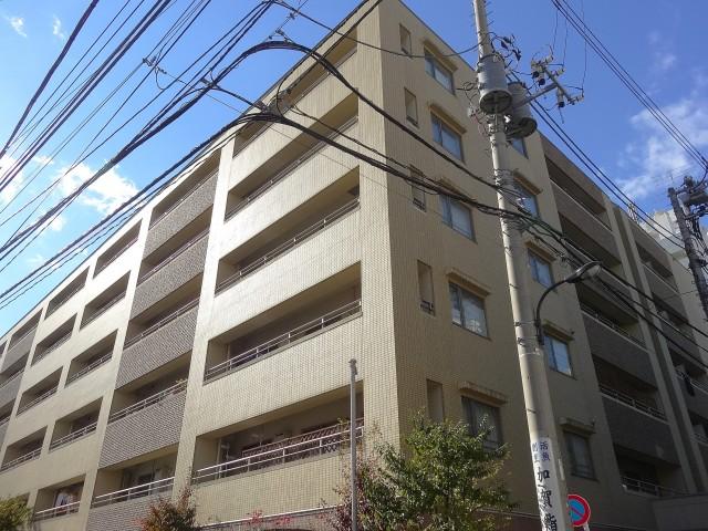 ディナスカーラ新宿 外観