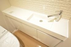 トイレ内の手洗い場