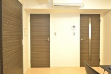 洗面室の扉