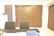 洋室2部屋への扉
