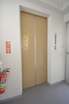 シルバーパレス千駄木 エレベーター