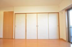 和室への扉