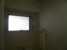 弦巻リハイム 嬉しいトイレに窓♪