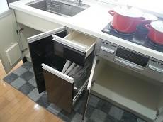 弦巻リハイム キッチン収納205