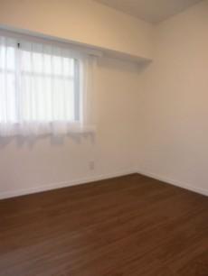 約4.5帖の洋室