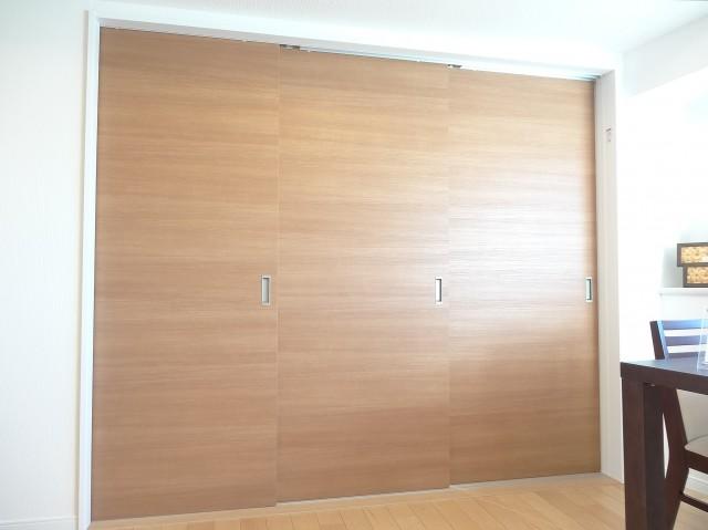 トキワパレス 可動式の3枚扉