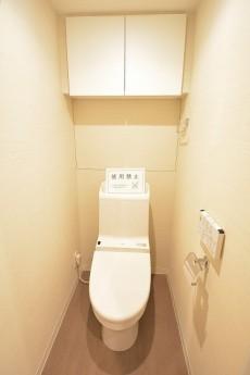 ストークマンション三田 ウォシュレット付きトイレ