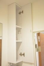 リア・マンシオン晴海 洗面化粧台横の収納