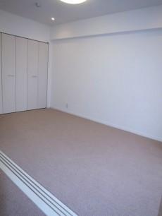 約6.9帖の洋室