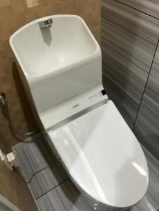 クレベール西新宿フォレストマンション トイレ
