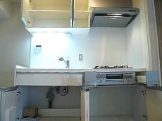 チュリス氷川坂 キッチン 収納 312