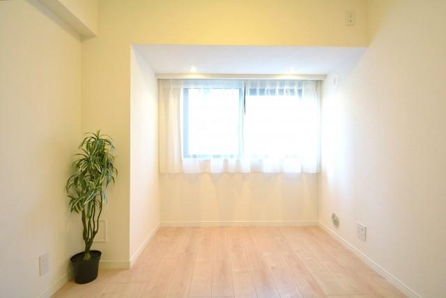光建ハイムブリリアンス日本橋浜町四番館 約5.4畳の洋室