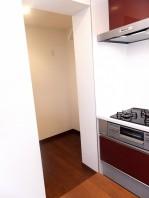 冷蔵庫置場?