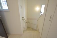 階段2階から