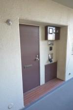 マンションニュー本郷 玄関ドア